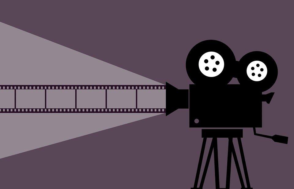 Kde lze legálně sledovat filmy na internetu za pár kaček?